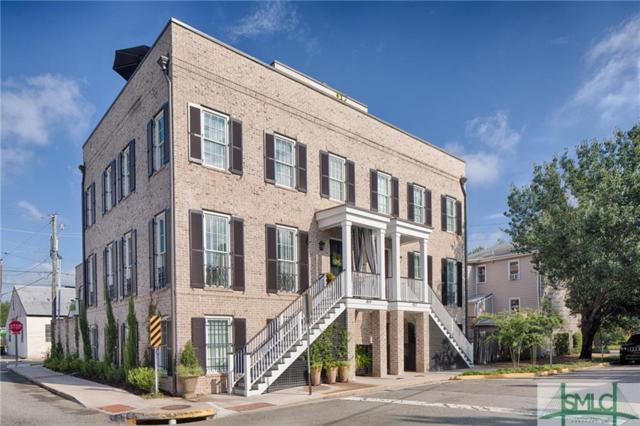 459 Tattnall Street, Savannah, GA 31401 (MLS #210946) :: Coastal Savannah Homes