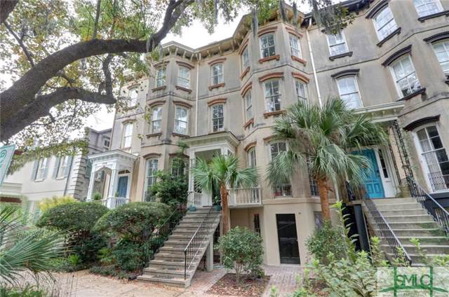 110 E Gaston Street, Savannah, GA 31401 (MLS #216252) :: The Arlow Real Estate Group