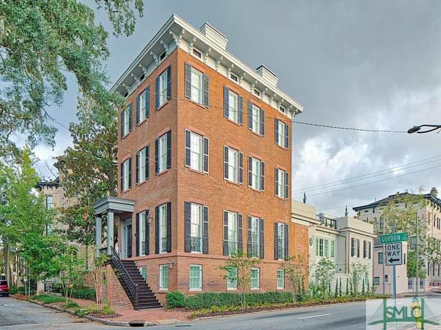 23 W Gordon Street Mansion, Savannah, GA 31401 (MLS #217526) :: Teresa Cowart Team