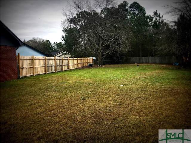 933 Gulfstream Road, Hinesville, GA 31313 (MLS #218618) :: The Arlow Real Estate Group