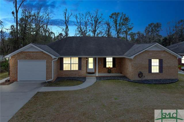 425 Meloney Drive, Hinesville, GA 31313 (MLS #219498) :: The Arlow Real Estate Group