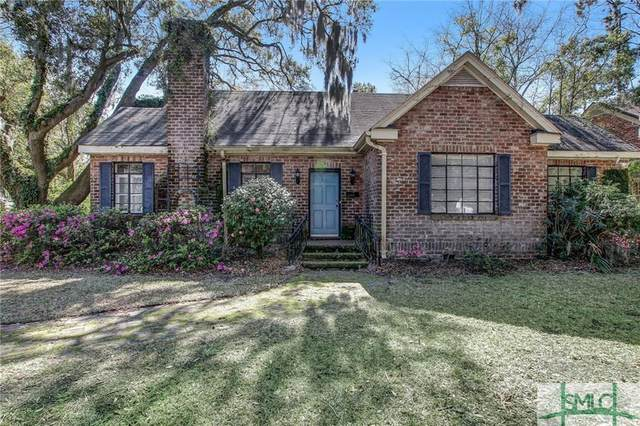 1825 Henry Street, Savannah, GA 31404 (MLS #219789) :: Partin Real Estate Team at Luxe Real Estate Services