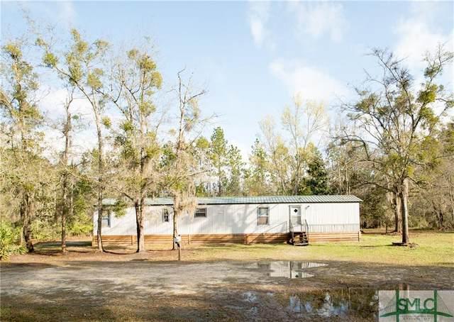 310 Ed Powers Boulevard, Hinesville, GA 31313 (MLS #220353) :: Bocook Realty