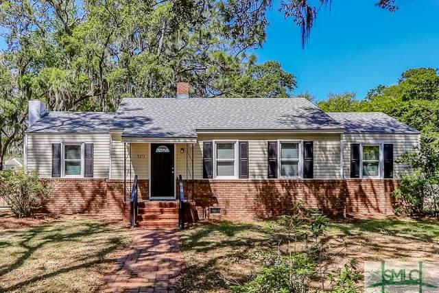 5213 Skidaway Road, Savannah, GA 31404 (MLS #222100) :: The Arlow Real Estate Group