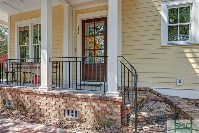 214 W Gwinnett Street, Savannah, GA 31401 (MLS #226832) :: The Arlow Real Estate Group