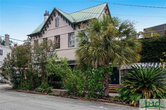 344 Barnard Street, Savannah, GA 31401 (MLS #230928) :: Level Ten Real Estate Group