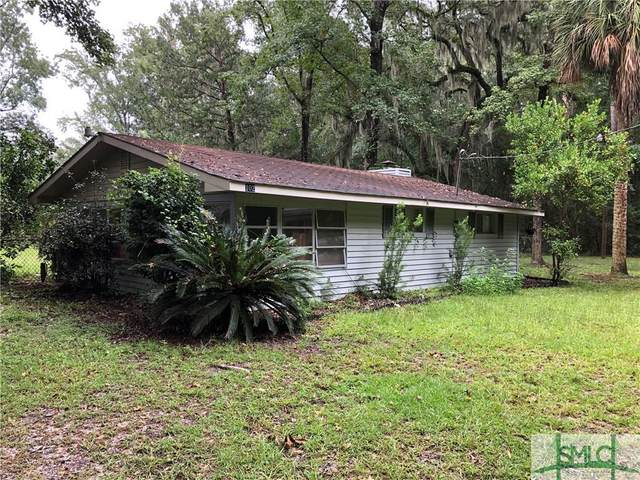 102 Circle Road, Midway, GA 31320 (MLS #233617) :: Glenn Jones Group | Coldwell Banker Access Realty