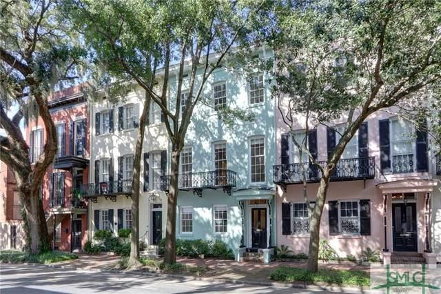 110 E Taylor Street, Savannah, GA 31401 (MLS #235824) :: Level Ten Real Estate Group