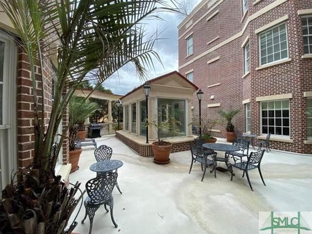 323 W Jones Street #207, Savannah, GA 31401 (MLS #242831) :: Keller Williams Coastal Area Partners