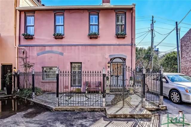 100 W Liberty Lane, Savannah, GA 31401 (MLS #242959) :: Keller Williams Coastal Area Partners