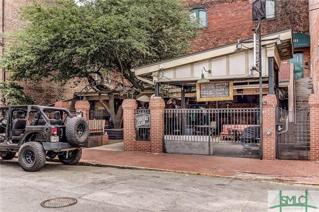 411 W Congress Street, Savannah, GA 31401 (MLS #243062) :: Coldwell Banker Access Realty