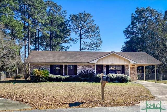 1005 White Circle, Hinesville, GA 31313 (MLS #243316) :: RE/MAX All American Realty