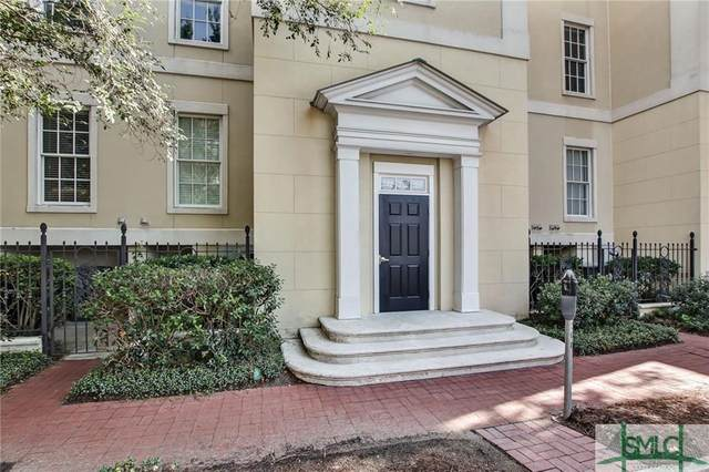 318 W Jones Street, Savannah, GA 31401 (MLS #243377) :: Team Kristin Brown | Keller Williams Coastal Area Partners
