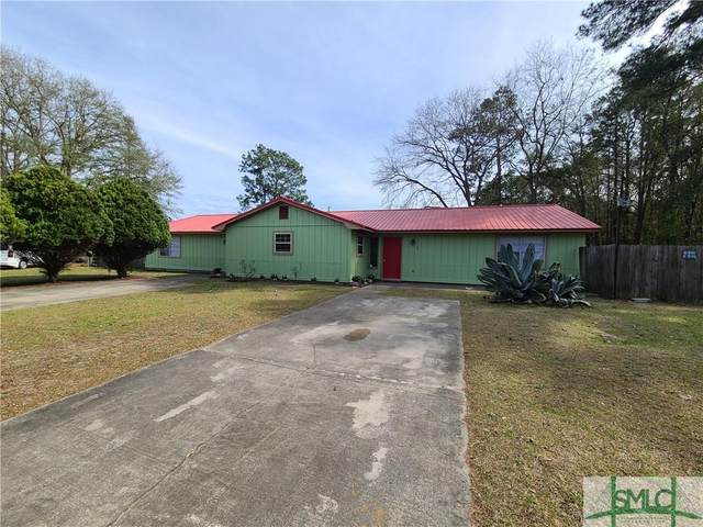 192 Cherokee Circle, Hinesville, GA 31313 (MLS #243680) :: Glenn Jones Group | Coldwell Banker Access Realty