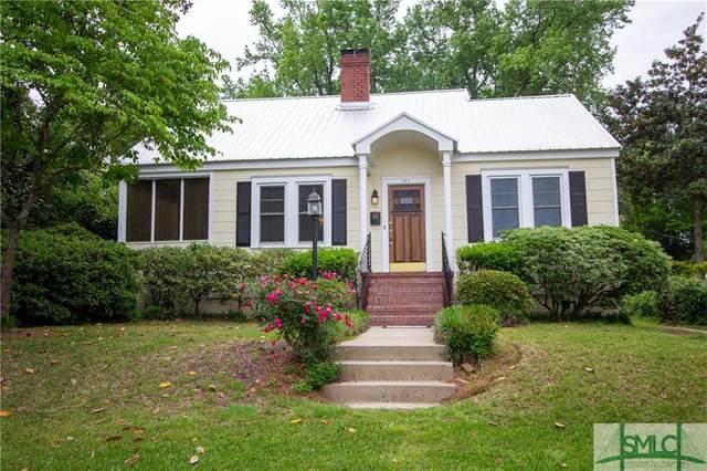 525 E 56 Street, Savannah, GA 31405 (MLS #245925) :: The Arlow Real Estate Group