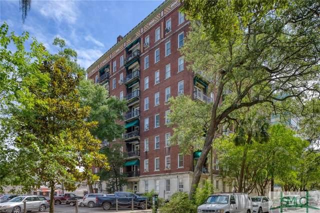22 E Liberty Street, Savannah, GA 31401 (MLS #246677) :: The Arlow Real Estate Group
