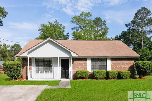 813 Ridgewood Way, Hinesville, GA 31313 (MLS #247859) :: Coldwell Banker Access Realty