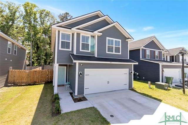 823 Fairview Circle, Hinesville, GA 31313 (MLS #248674) :: The Arlow Real Estate Group