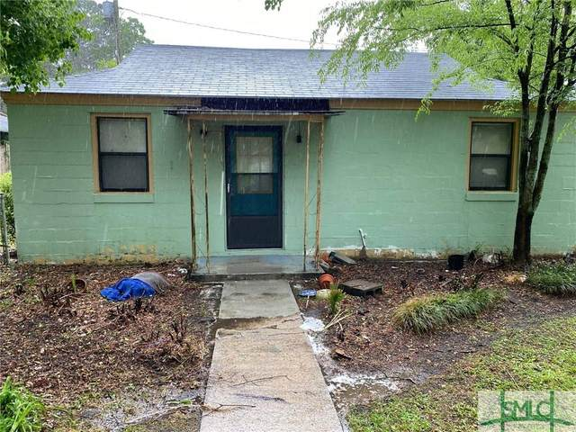 1009 Carter Street, Savannah, GA 31415 (MLS #251083) :: Teresa Cowart Team
