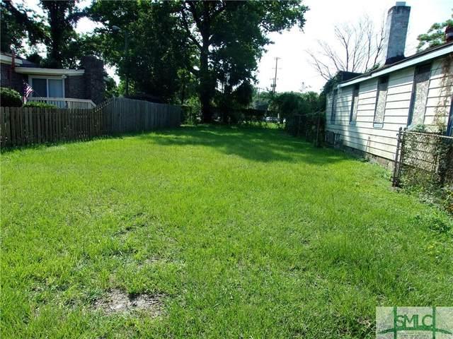 28 Norton Street, Savannah, GA 31415 (MLS #251149) :: The Hilliard Group