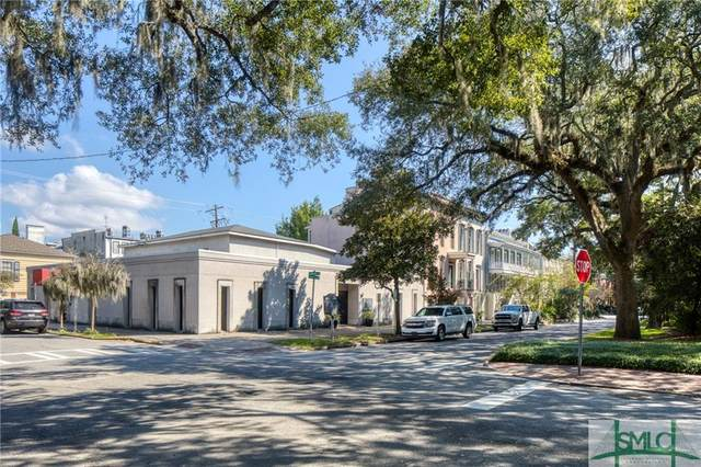 302 E Oglethorpe Avenue, Savannah, GA 31401 (MLS #259998) :: Keller Williams Coastal Area Partners