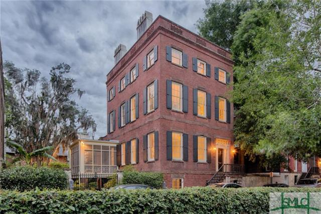 211 E York Street, Savannah, GA 31401 (MLS #172887) :: Coastal Savannah Homes