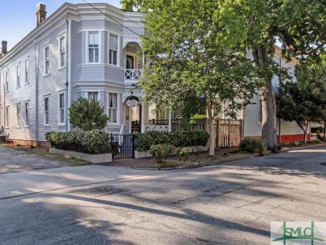 909 Lincoln Street, Savannah, GA 31401 (MLS #189936) :: Coastal Savannah Homes