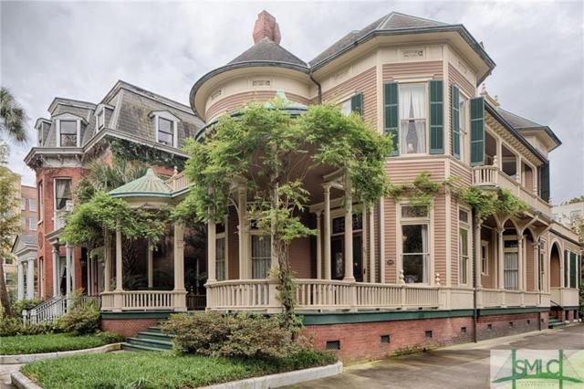 701 Whitaker Street, Savannah, GA 31401 (MLS #205573) :: Coastal Savannah Homes