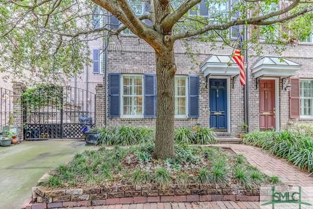 410 E Mcdonough Street, Savannah, GA 31401 (MLS #212195) :: Liza DiMarco