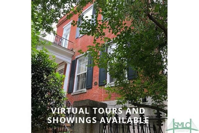 215 W Charlton Street, Savannah, GA 31401 (MLS #216427) :: Teresa Cowart Team