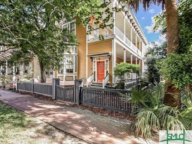 208 W Park Avenue, Savannah, GA 31401 (MLS #223250) :: The Arlow Real Estate Group
