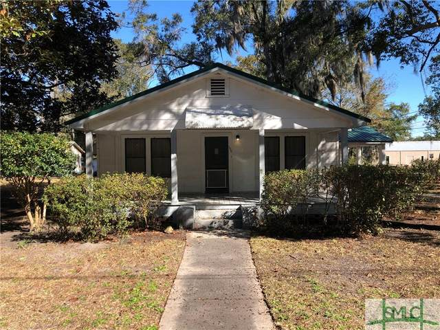 300 W Court Street, Hinesville, GA 31313 (MLS #242966) :: The Arlow Real Estate Group