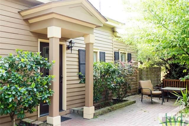109 E Park Avenue, Savannah, GA 31401 (MLS #243633) :: Glenn Jones Group | Coldwell Banker Access Realty