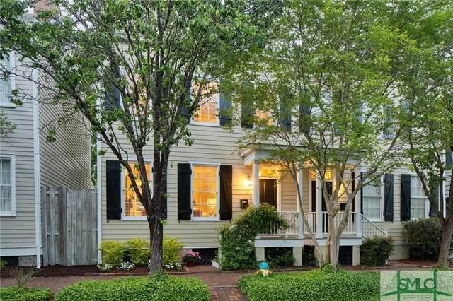 526 E Taylor Street, Savannah, GA 31401 (MLS #245841) :: The Arlow Real Estate Group