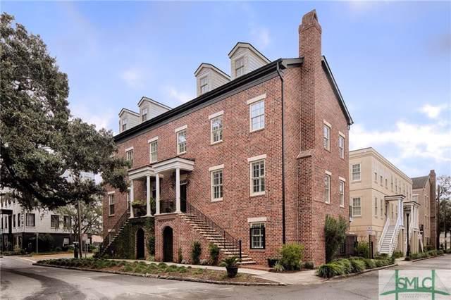 230 Houston Street, Savannah, GA 31401 (MLS #217411) :: Teresa Cowart Team