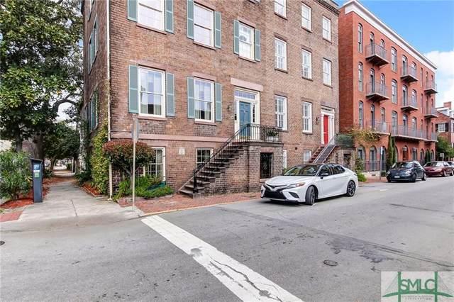 308 E State Street, Savannah, GA 31401 (MLS #220929) :: Liza DiMarco