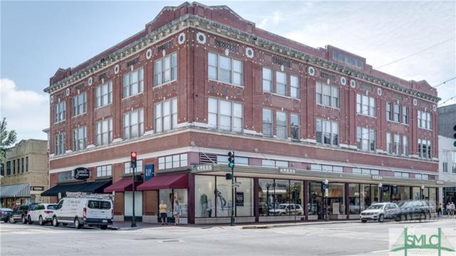 122 W Broughton Street, Savannah, GA 31401 (MLS #181887) :: The Arlow Real Estate Group