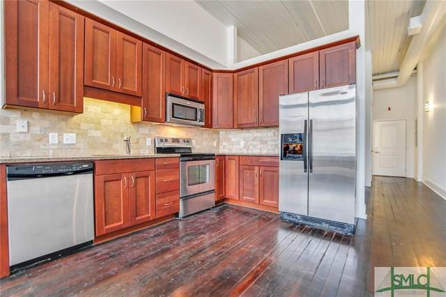 310 W Broughton Street #2007, Savannah, GA 31401 (MLS #228639) :: Heather Murphy Real Estate Group