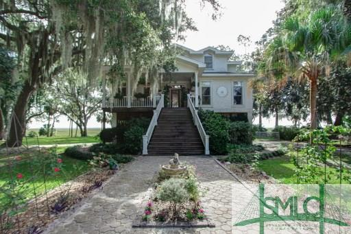1514 Walthour Road, Savannah, GA 31410 (MLS #158025) :: Coastal Savannah Homes
