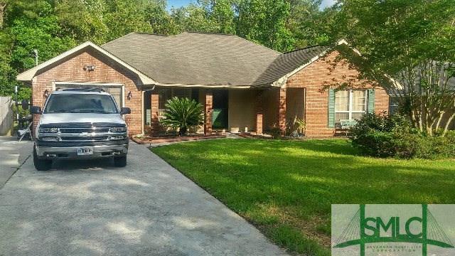 821 Sagewood Drive, Hinesville, GA 31313 (MLS #173061) :: Coastal Savannah Homes