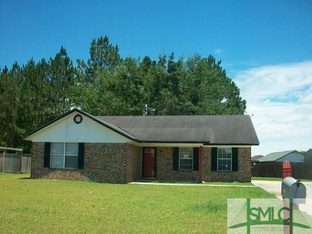 921 Poppleton Drive, Hinesville, GA 31313 (MLS #175420) :: Teresa Cowart Team