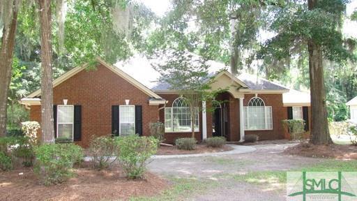 607 Laurenburg, Richmond Hill, GA 31324 (MLS #178145) :: The Arlow Real Estate Group