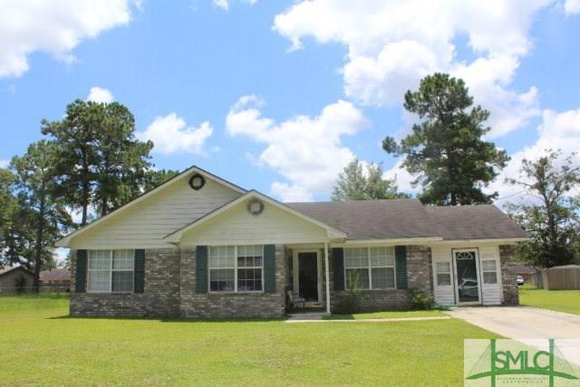 98 Shayna Drive, Hinesville, GA 31313 (MLS #181160) :: Teresa Cowart Team