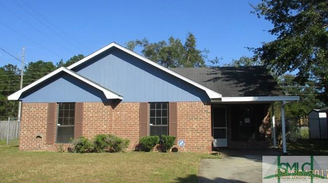 1645 Latham Court, Hinesville, GA 31313 (MLS #181253) :: Teresa Cowart Team