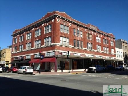 122 W Broughton Street, Savannah, GA 31401 (MLS #181887) :: Coastal Savannah Homes