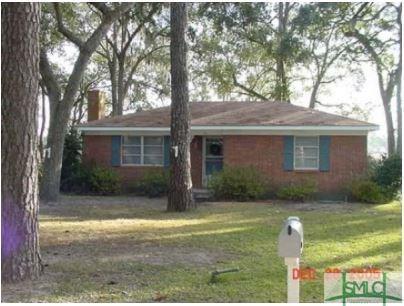 131 Oak Island Drive, Midway, GA 31320 (MLS #186027) :: Karyn Thomas