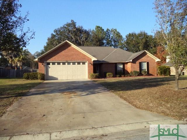 1164 Cumberland Drive, Hinesville, GA 31313 (MLS #186052) :: Karyn Thomas