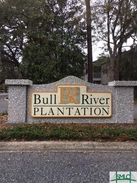 13 Bull River Bluff Drive, Savannah, GA 31410 (MLS #190216) :: Karyn Thomas