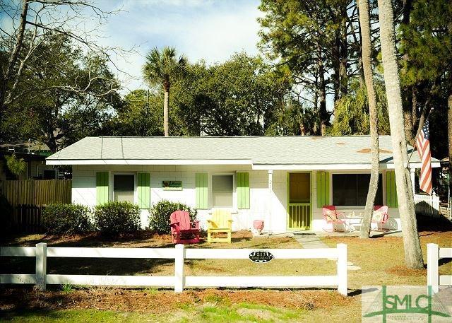 213 Jones Avenue, Tybee Island, GA 31328 (MLS #190490) :: The Arlow Real Estate Group