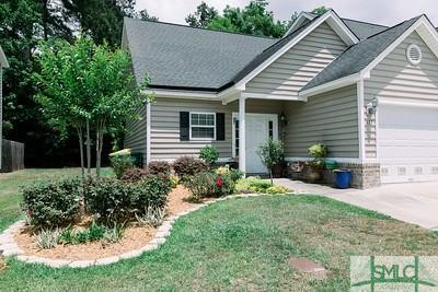 122 Cypress Pointe Drive, Richmond Hill, GA 31324 (MLS #190496) :: The Arlow Real Estate Group